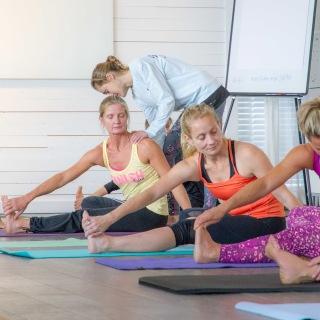 Yoga på företag.
