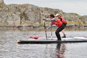 Turpaddling och teknikträning på SUP till ön Malön utanför Onsalahalvön. - Turpaddling och teknikträning på SUP till den vackra ön Malön utanför Onsalahalvön.