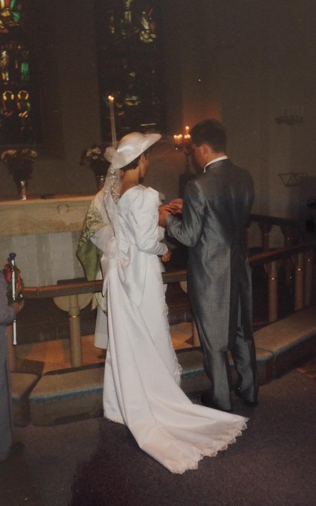 Sammetsbröllop bröllopsdag guldbröllop bröllop utmattad utmattning utmattningssyndrom utmattningsdepression psykiskohälsa beteendeförändring livsstil väggen utbränd