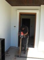 Instalation av dörr i Thailand