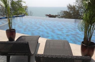Pool i Mae Phim