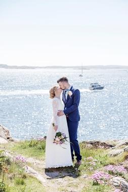 bröllopsfotograf göteborg, Åsa Lännerström, lysekil, lysekils kyrka, bröllop lysekil,  oscars societetshus, first look, bröllopsporträtt, oscars societetshus bröllop
