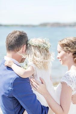 bröllopsfotograf göteborg, Åsa Lännerström, fjällbacka, fjällbacka kyrka, stora hotellet fjällbacka, stora hotellet bryggan fjällbacka, familjepoprträtt, västkustbröllop, bröllopsporträtt, bröllop fjällbacka, bröllopsfest sora hotellet fjällbacka