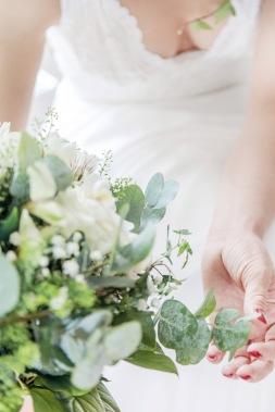 bröllopsfotograf göteborg, Åsa Lännerström, brudbukett, bröllopsfotogtrafering, bröllopsporträtt, botaniska trädgården göteborg bröllop