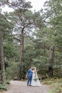 bröllopsfotograf göteborg, Åsa Lännerström, särö, särö blomstermåla, särö västerskog, bröllopsporträtt särö, bröllop skog, bröllopsfotografering särö