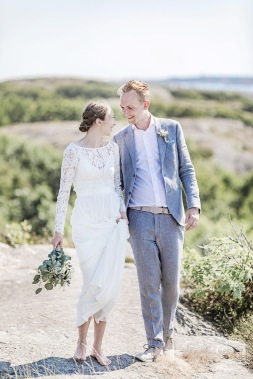bröllopsfotograf göteborg, Åsa Lännerström, bröllopsporträtt, skärgårdsbröllop, björkö seaside, björkö, bröllop björkö, björkö Seaside bröllop,  linnekostym, bohemiskt bröllop, lantligt bröllop