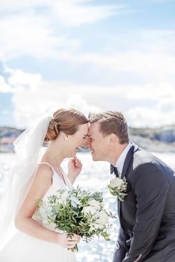 bröllopsfotograf göteborg, Åsa Lännerström,bröllopsfotograf marstrand, marstrand, marstrands kyrka, marstrand vigsel, marstrands havshotell, bröllop marstrand, skärgårdsbröllop, marstrands fästning, brygga, båt, bröllopsporträtt