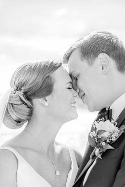 Bröllopsgotografering på marstrand, bröllopsporträtt vid havet. Bröllopsfotograf Åsa Lännerström