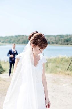 Bröllop på marstrand first look. Bröllopsfotograf Åsa Lännerström