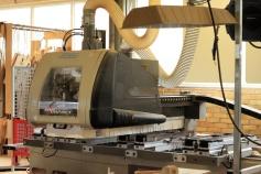 CNC-maskinen är snickerifabrikens hjärta. Extrem precision och snabba verktygsbyten