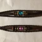 Läderarmband m rosa eller blå sten