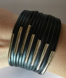 Läderarmband med ståldetaljer - Läderarmband Svart