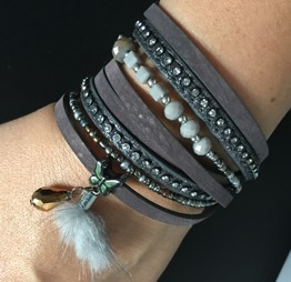 Ljusgrå/lila armband i mocca - Mocca grå/lila
