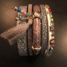 Armband beige,brunt med pärlor