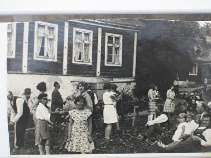 Midsommarfirande omkring 1920