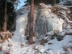 Isigt vattenfall vid Bornsjön, Salem. Foto: B.Seger