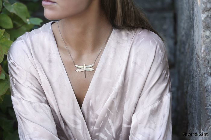 edblad-ss18-dragonfly-necklace-steel-vext-kimono-ls_1