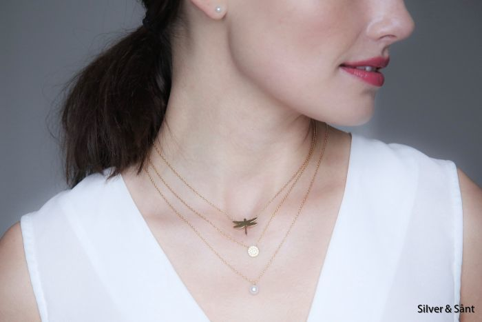 edblad-ss18-dragonfly-lilian-lottie-neckalace-gold-detail-ls_2