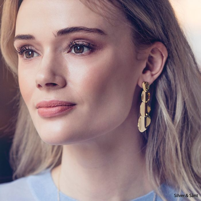 edblad-pebble-earrings-long-gold-aw18-ls_2