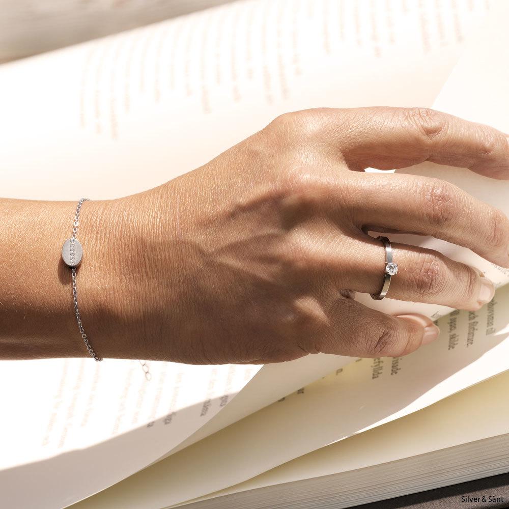 oval_bracelet_ring