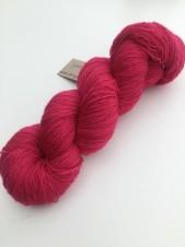 CYKLAMEN Blufaced Leicester lace