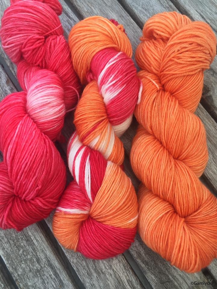 17 röd vit orange