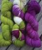 GARNLYCKAS 17dagarssjal - 17dagarssjal grön/vit/lila