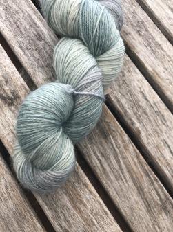 Gråpäron sockgarn - gråpäron sock