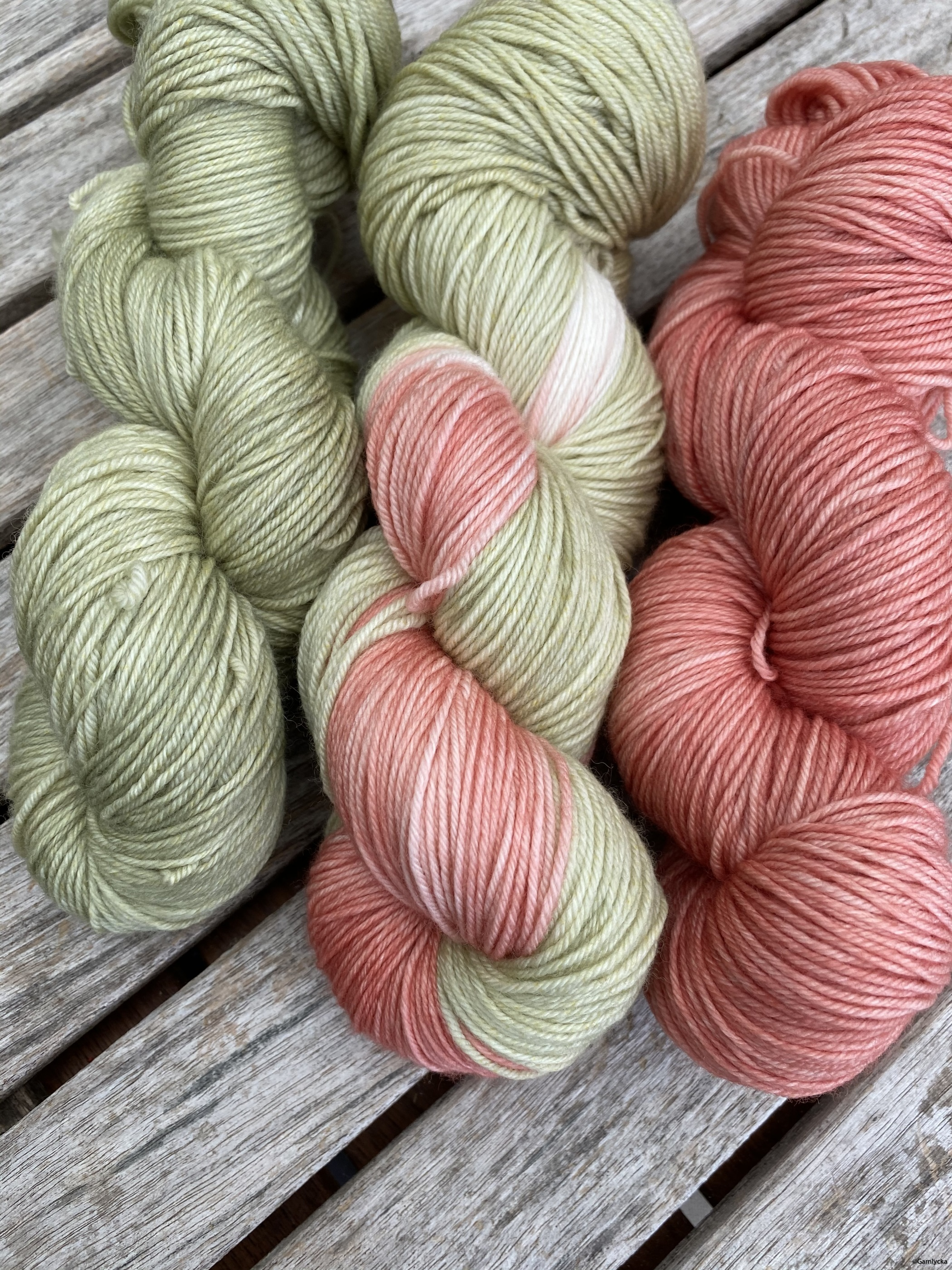 Grön/vit/rosaröd