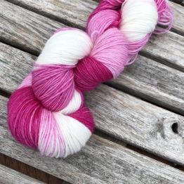 Rosa/vit sockgarn - rosa/vit sock