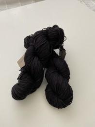SVART sockgarn - svart sock