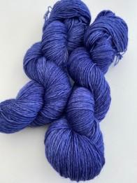 MIDNATTSBLÅ sockgarn - midnattsblå sock