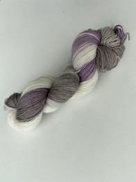 Lavendel&kardemumma sockgarn - lavendel&kardemumma