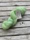 Ensamma härvor sockgarn - Vårgrön sock