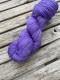 Ensamma härvor sockgarn - Purple sock