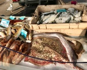 Fiskhandlare på torget