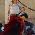 Utanför bjöds på flamencodans.