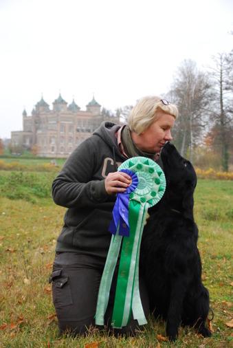 Bittan Börjesson och Agnes, C.I.B NORD UCH Toffedreams Hit & Run - 2015 års vinnare