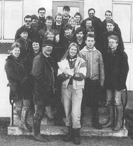 Deltagare och kursledare från en av instruktörsutbildningarna 1987 (Charmören 1/1988).