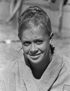 """Ann-Christine Hagberg, som var med i OS 1964 (sjua på 100 m fritt), och även blev """"Årets Idrottskvinna"""" 1963, tillsammans med Ulla Lindkvist, orientering."""