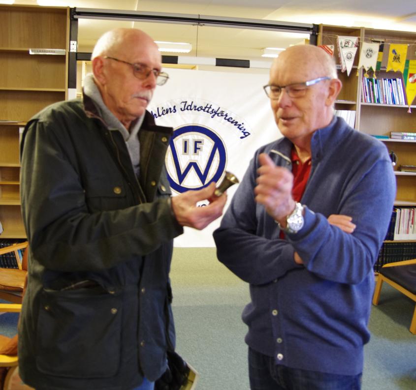 Mats Nirme, till vänster, har en intressant historia att berätta för Jan Nilsson