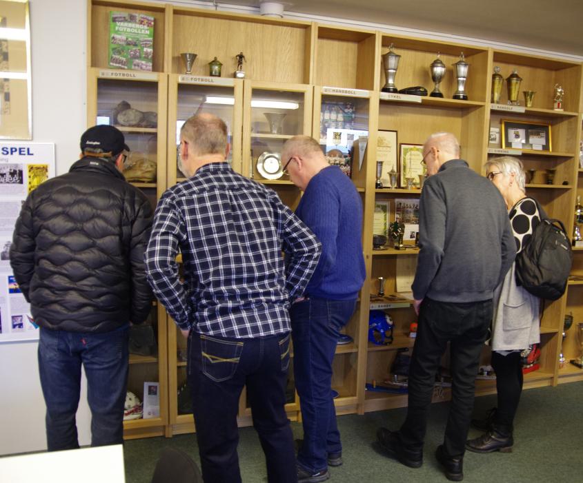 Intresset var stort bland besökarna och våra montrar studerades ingående.