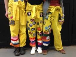 Såhär ser många overaller ut efter ett tag, randiga ben och massa märken.