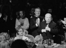 Hitchcocks sista framträdande då han tackade sin fru Alma Reville för alla år tillsammans