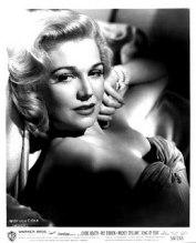 Hitchcocks första blondin, Madeleine Carrol i De 39 stegen.l