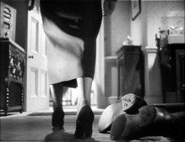 Ännu en sekvens som visar på Hitchcocks goda känsla för bild och form