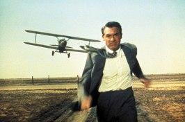 Cary Grant jagad av ett flygpn i en klassisk scen