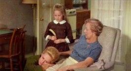 Även i Marnie finns koplicerade förhållanden till sin mor