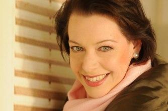 Operastjärnan Nina Stemme gör rollen som Alicia när Notorious blir opera 2015.