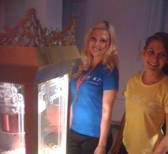 10-års fest på företaget med spel, popcorn, pizza och mycket annat!